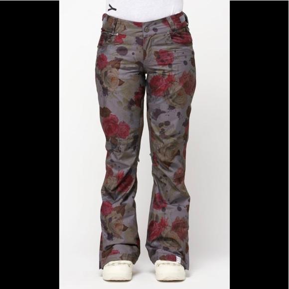 NEW Roxy Torah Bright ski pants ac9a501bc